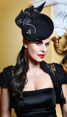 Dior (Wool Felt) Stylish Hats, Millinery Hats, Cool Hats, Fancy Hats, Love Hat, Hat Boxes, Hat Pins, Fascinators, Headpieces
