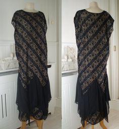 Antique Dress c1920's Silk Chiffon Flapper Dress  Tambour Vermicelli Design Hanky Pointy Hem  Navy Cream Vintage Dress