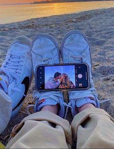 Photos Bff, Cute Couples Photos, Cute Couple Pictures, Cute Couples Goals, Cute Photos, Couple Goals, Couple Pics, Teen Couples, Friend Photos