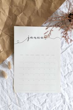 Freebie: Print your own minimalistic calendar 2020 for free Free Printables Calendar 2020 Printable Calendar 2020, 2021 Calendar, Printable Planner, Free Printables, Diy Kalender, Kalender Design, Etsy App, Lettering, Blog