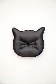 Cat Face Silhouette Decorative Pillow (Accent Pillow: Black Faux Leather & Black Crochet Edging) //product details//This listing is for a pre-made decorative cat pillow! Stylishly perfect for every cat lover! The pillow is 11 Cat Pillow, Cat Face, Black Faux Leather, Accent Pillows, Silhouette, Crochet, Decorative Pillows, Cat Lovers, Cats