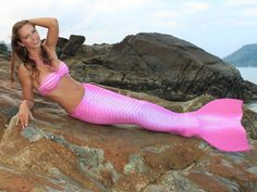 Which colour does your mermaid tail have?  My one would be pink, yeiiiii!