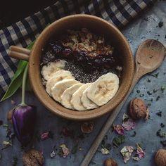 Snídaně pro mou sestřičku. Dobré ráno Všem! 🌷🍂🍃 #healthyfood #breakfast #breakfasttime #yummy #foodporn #food #healthy #fit #dnesjem Hummus, Acai Bowl, Breakfast, Fit, Ethnic Recipes, Instagram Posts, Homemade Hummus, Acai Berry Bowl, Morning Coffee