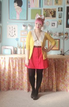 Love the whole look and workspace! via Scathingly Brilliant: ketchup and mustard)