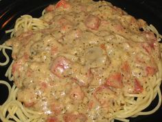 This dish was amazing! I topped it with shrimp sautéed in butter and basil pesto. Everyone loved it even my picky kids. Meals for the Working Wife: Pesto Cream Sauce over Pasta