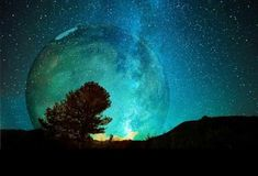Sprich mit deiner Zukunft - Geführte Meditation mit Veit Lindau Northern Lights, Images, Moon, Celestial, Nature, Paisajes, Astrology Chart, Zodiac Signs, Planets