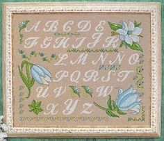 FREE Point Cruz: Alphabet box and flowers in blue tones 1-5