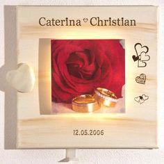 Beleuchtetes personalisiertes Wandbild als originelle Geschenkidee ideal zu Hochzeiten, der Silberhochzeit oder Goldhochzeiten