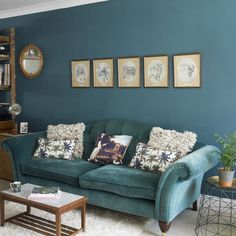 Blue Living Room Decor - How can I make my living room look more expensive? Blue Living Room Decor - How do you decorate a living room with a GREY couch? Blue And Green Living Room, Blue Living Room Decor, Living Room Color Schemes, Living Room Colors, Home Living Room, Duck Egg Blue Living Room, Living Room Images, Living Room Designs, Beautiful Living Rooms