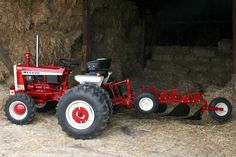 The Little Tractor Co. specializes in custom hand made half scale tractors. Yard Tractors, Case Ih Tractors, Small Tractors, Compact Tractors, Utility Tractor, New Tractor, Tractor Parts, Garden Tractor Pulling, Garden Tractor Attachments