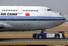 Air China  Boeing 747-4J6M  (airliners.net)