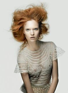 Luisa Bianchin by Jean-Francois Campos for Flair Magazine March 2012 as 'Bianco Deluxe' Editorial Fashion, Fashion Art, Fashion Beauty, Fashion Ideas, Beauty Photography, Fashion Photography, Ginger Head, Gorgeous Redhead, Natural Redhead