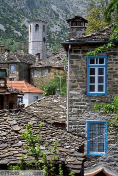 Tsepelovo is a traditional slate village on the Tymfi Massif, in the north Pindus Mountains Zagoria, Epirus/Epiros, Greece. Macedonia, Albania, Beautiful Islands, Beautiful World, Wonderful Places, Beautiful Places, Travel Around The World, Around The Worlds, Bulgaria