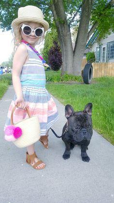 Best friends 💜🎀🐕 #toddlerfashion #frenchbulldog #girl Fashionista Kids, Toddler Fashion, French Bulldog, Straw Bag, Best Friends, Bags, Beat Friends, Handbags, Bestfriends