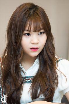 Swoɴιe🌙 by Distpach South Korean Girls, Korean Girl Groups, Kim Ye Won, Kim Jaehwan, G Friend, Love Me Forever, Korean Singer, Kpop Girls, Asian Woman