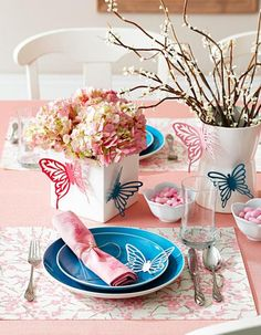 Capture a theme  Uplift a brunch, a wedding shower or any spring event with a tabletop that captures the light and cheery feeling of the season.
