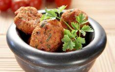 Tomato fritters of Santorini (Domatokeftedes)