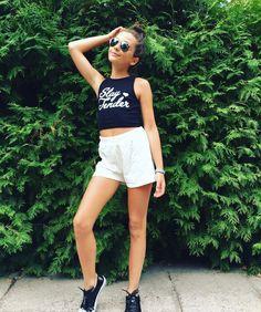 White Shorts, Women, Fashion, Moda, Fashion Styles, Fashion Illustrations, Woman