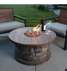 [gallery Fire table kit or fire pit table is used as heating unit that is usually placed outside. Patio becomes the perfect spot where you should put this kind of table. Fire Pit Table Top, Deck Fire Pit, Gas Fire Pit Table, Fire Pit Backyard, Backyard Seating, Diy Propane Fire Pit, Gas Fire Pits, Fire Pit Coffee Table, Large Backyard