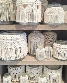 Just some jars on a shelf - macramé jars, vase, containers Macrame Design, Macrame Art, Macrame Projects, Micro Macrame, Macrame Curtain, Macrame Plant Hangers, Art Macramé, Creation Deco, Macrame Patterns