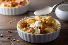 Is there anything more comforting than a warm bowl of bread pudding? Our Banana Chocolate Chip Bread Pudding is not only tasty, but it's also a great way to use up stale bread and bananas (Chocolate Banana Pie) Chocolate Chip Bread Pudding, Brioche Bread Pudding, Chocolate Muffins, Vanilla Sauce, Vanilla Custard, Custard Sauce, Vanilla Cream, Whipped Cream, Stale Bread