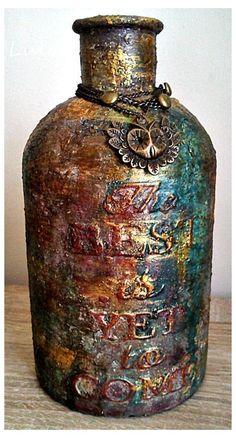 Decorative Bottles : Frilly and Funkie: Guest Designer – Lula Marynowska -Read More – Liquor Bottles, Bottles And Jars, Glass Bottles, Mason Jars, Baby Bottles, Wine Bottle Art, Diy Bottle, Wine Bottle Crafts, Altered Bottles