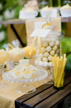 yellow candy bar
