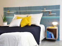 Une tête de lit en tasseaux de bois à faire soi-même http://www.m-habitat.fr/par-pieces/chambre/les-tetes-de-lit-decoratives-3255_A #diy #lit #chambre