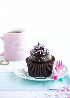 Dark & Dreamy Double Fudge Cupcakes | Sweetapolita | Bloglovin'