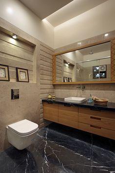 Wall to wall mirror enhances the space and feel of a small bathroom. Washroom Tiles, Bathroom Mirror Design, Washroom Design, Bathroom Tile Designs, Toilet Design, Bathroom Design Luxury, Modern Bathroom Design, Wall Mirror, Bathroom Ideas