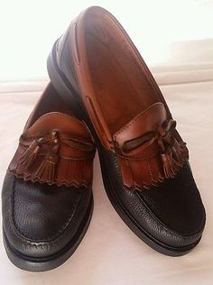 19f6335af29 E.T. WRIGHT ITALY SHOES Sz 11-1 2 EEE BOAT DECK TASSLE SLIP ON