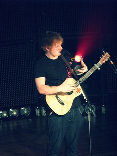 Ed Sheeran - IMG_7592 by denni_neverletsgo3, via Flickr