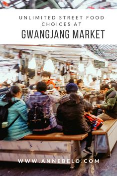 Gwangjang Market is one of the largest traditional markets in Korea, which is known for beddings, silk goods, traditonal and vintage items and local souvenirs. Korean Street Food, Korean Food, Street Food Market, Tteokbokki, Traditional Market, Food Stall, Warm Food, Seoul Korea, Easy Delicious Recipes