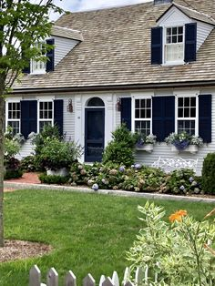 Cape Style Homes with Farmers Porch. 21 Cape Style Homes with Farmers Porch. Rendering Of Proposed Front Porch for A Traditional Cape Cod Exterior, Cottage Style, Cape Style Homes, House Front, Cute House, Cape Cod Style House, Cape Cod House Exterior, Farmers Porch, Curb Appeal