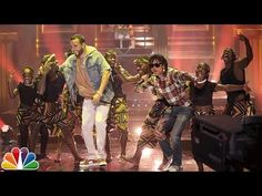French Montana & Swae Lee Perform Unforgettable on The Tonight Show French Montanas smash-hit Unforgettable currently sits at No. 5 on Billboards Hot 100 chart easily becoming his highest charting record. Hollywood Cinema, French Montana, Billboard Hot 100, Tonight Show, Hottest 100, Popular Videos, Jimmy Fallon, Triplets, Dance