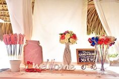 Welcome table  Venue Kukua Punta Cana  Design Begokua  Photo by HDC