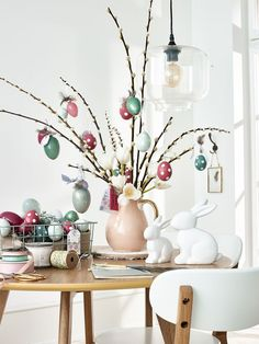 Come fare l 39 albero di pasqua 22 idee di decorazioni fai da te pasqua pinterest easter - Albero di pasqua idee ...