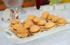 Kitchen Tea / Bridal shower : Snack burger with pearl detail