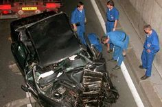 A Princesa de Gales sofreu um acidente de carro dentro do túnel da Ponte de l'Alma, em Paris, na Fra... - Getty Images