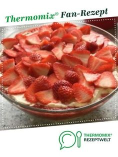 Giotto strawberry dessert delicious by A Thermomix recipe from the Desserts category on www.de the Thermomix Community. The post Giotto strawberry dessert delicious appeared first on Dessert Factory. Easy No Bake Cheesecake, Cheesecake Bites, Food Cakes, Oreo Dessert, Easy Cake Recipes, Dessert Recipes, Dinner Recipes, Spaghetti Eis Dessert, Thermomix Desserts