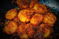 Spicy Prawn Fry is an instant and an easy Prawn based dish which is a real treat for the taste buds! Here is a simple recipe to make it.