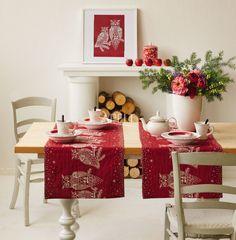 eine weihnachtliche Schneeäule gewebt in rot-weiß von Apelt, Artikel 5004