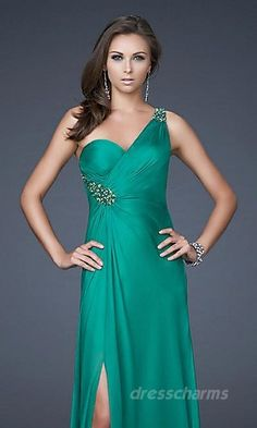 http://www.dopromdresses.com/strapless-prom-dresses-c-133.html fashion strapless prom dresses on sale, large discount prom dresses 2013 spring style, #TopshopPromQueen