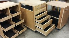 It was getting time to reorganize my garage/shop so I was on the lookout for a few months for ideas. I came across an article on startwoodworking.com about a the Roll-Away Shopand fell in love. I …