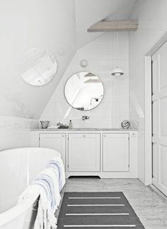 round mirror, marble floor. Broby ren vit   Tradition   Produkter   Kvänum