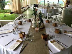 Mariage à Eyrignac - décoration de table aux tons naturels  #mariage #eyrignac #orangerie #jardin #wedding #deco #dordogne #table #décoration Dordogne, Table Settings, Gardens, Garden Weddings, June, Place Settings, Tablescapes