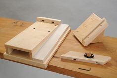 1st class shooting board I could build it in a day, think I will and save the $400+ on this version!!