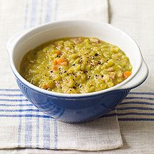 Weight Watchers Recipe: Split Pea Soup with Canadian Bacon. If I ever have enough time to spend making some soup, this looks amazing!
