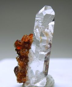 Uvite red crystals on Quartz / Brumado, Bahia, Brazil
