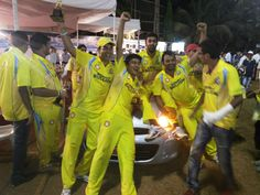 Car presented to winning team